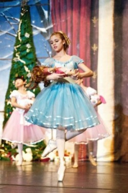 Clara and The Nutcracker Prince – Gainesville Ballet (2013)